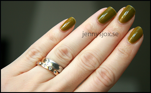 ChinaGlaze_Budding_Romance2